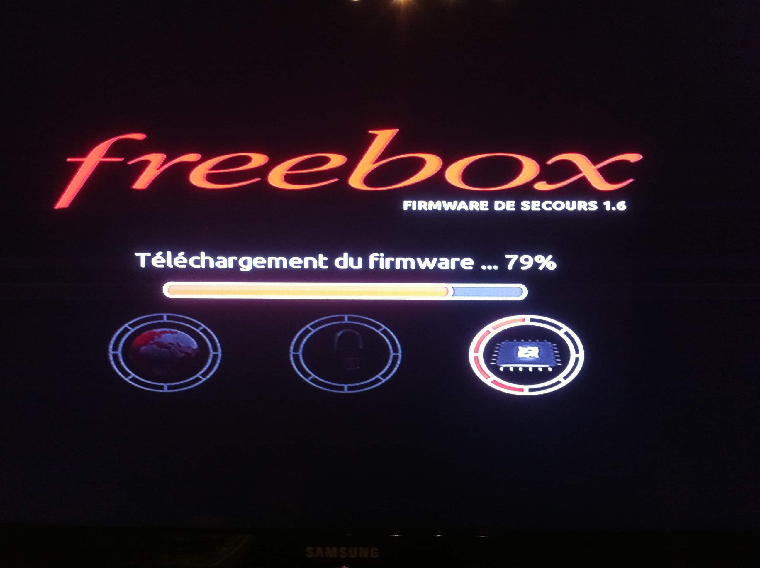 freebox player clignote rouge wifi