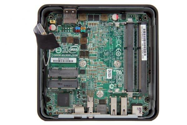 Intel-NUC-CM